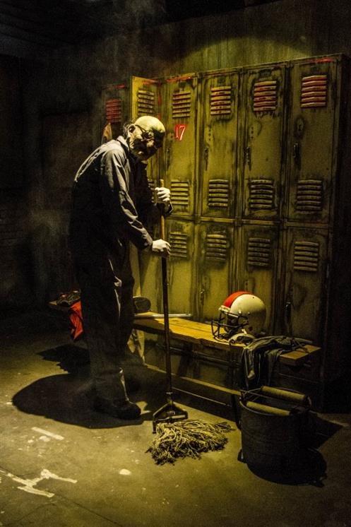 The 17th door haunt experience in fullerton ca san diego for 13 door haunted house